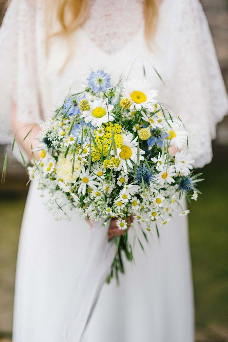 Swedish Midsummer: Boho-Liebe unter freiem Himmel HANNAH GATZWEILER http://www.hochzeitswahn.de/inspirationsideen/swedish-midsummer-boho-liebe-unter-freiem-himmel/ #wedding #boho #flowers