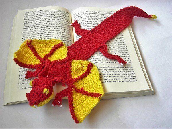 Du magst Drachen, Lesezeichen und Tiere auch? Dann hol Dir gleich die PDF-Anleitung und leg los mit dem Drachen als Lesezeichen. Viel Spaß beim Häkeln