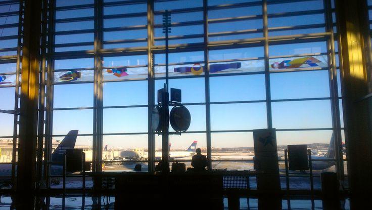 Regan National Airport Washington D.C.   www.traveladept.com