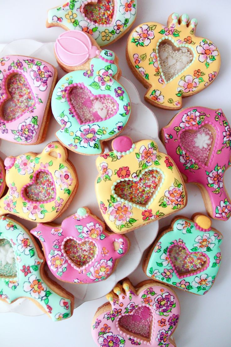 peranakan design cookies