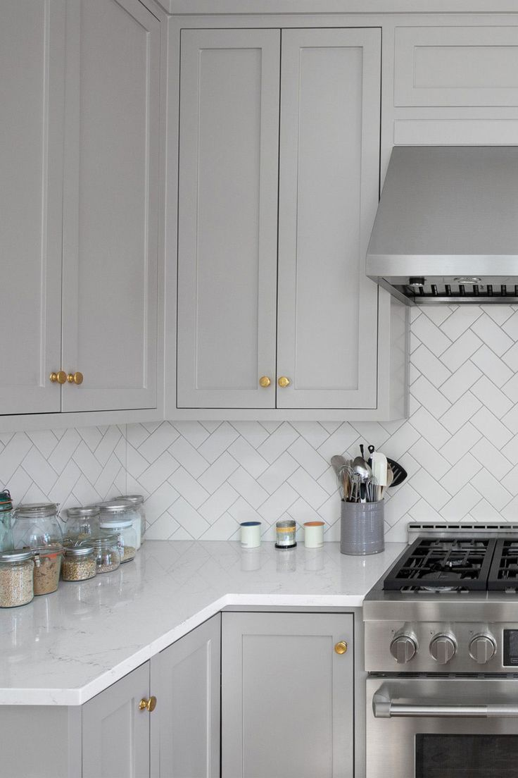 50 White Herringbone Backsplash Tile In Style White Kitchen In 2021 Kitchen Design Decor Grey Kitchen Designs Kitchen Backsplash Designs Grey and white kitchen tiles