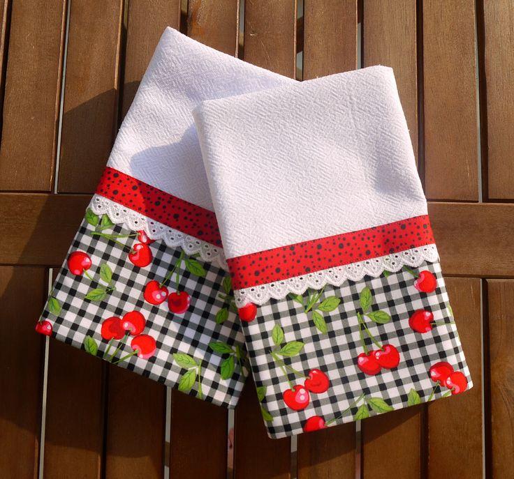 Ateliê da Russa: Pano de prato com barrado de tecido com estampa de cereja