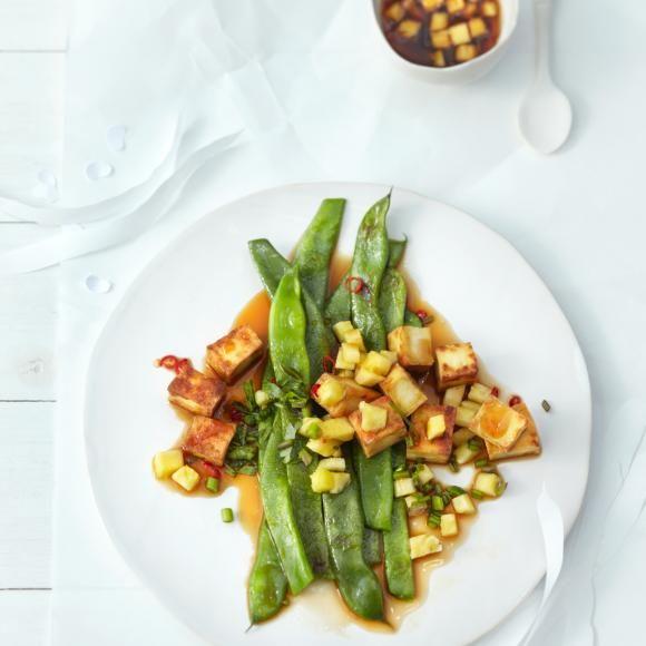 Rezept: Schnibbelbohnen mit Tofu und Ananas-Salsa