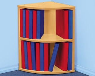Learning Starts Here: Moose Binders Storage- i could use this for my WORLD binders!