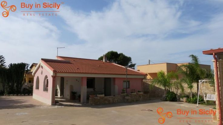 Property for sale in Sicily, Siracusa, Pachino, Italy - Italianhousesforsale - http://www.italianhousesforsale.com/view/property-italy/sicily/siracusa/pachino/1902418.html
