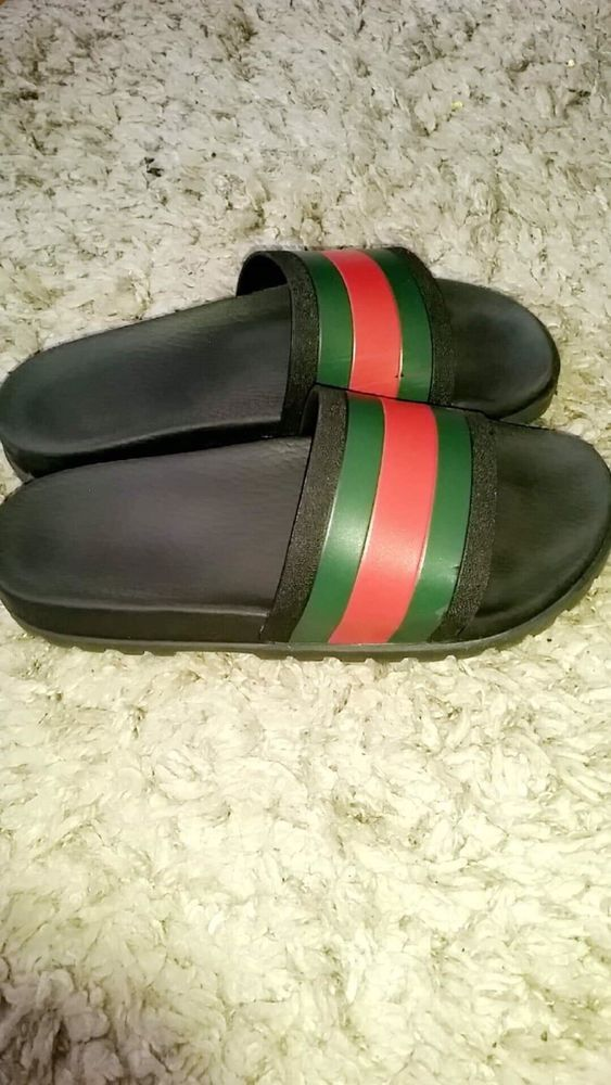59f37652def3 Gucci flip flops Size 9  fashion  clothing  shoes  accessories  mensshoes