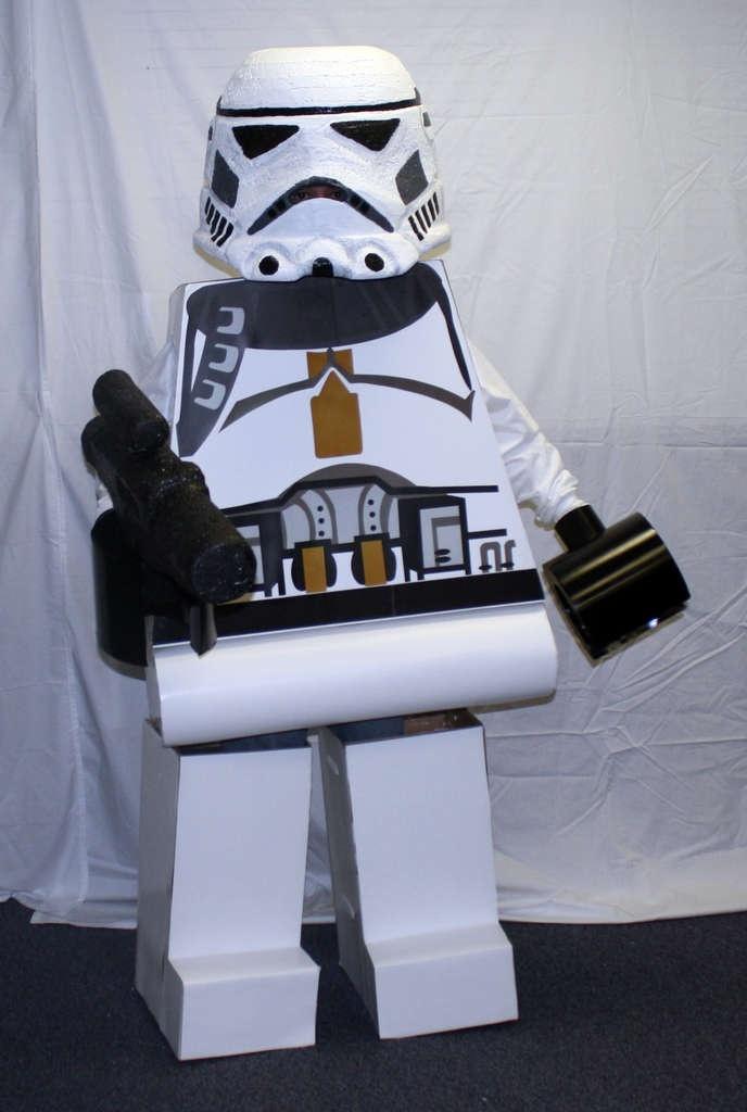 star wars lego costume diy halloween fun pinterest. Black Bedroom Furniture Sets. Home Design Ideas