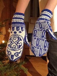 free mitten pattern here