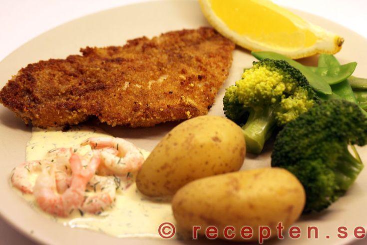 Currypanerad rödspätta - Recept på currypanerad rödspätta. Gott och enkelt! Bilder steg för steg! Servera med kokt potatis och kall sås.