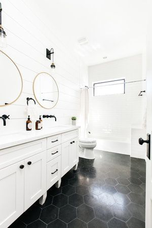 big black hex bathroom floor – Google-Suche