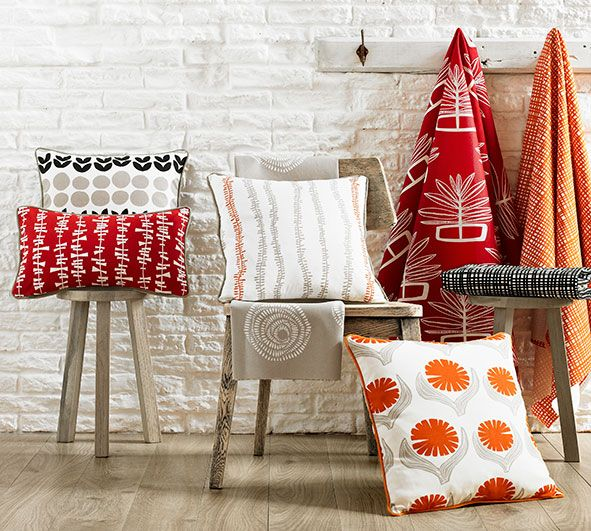 A new fresh and fun collection from Ashley Wilde has arrived at Wortley Group!  Called Signature, this collection has been designed by Lotta Jansdotter, a Swedish textile designer currently living in New York.  http://www.wgshowroom.com.au/showroom/index.php/blog/spotlight-on-signature-collection/  #ashleywilde #wortleygroup #lottajansdotter #signature #drapery