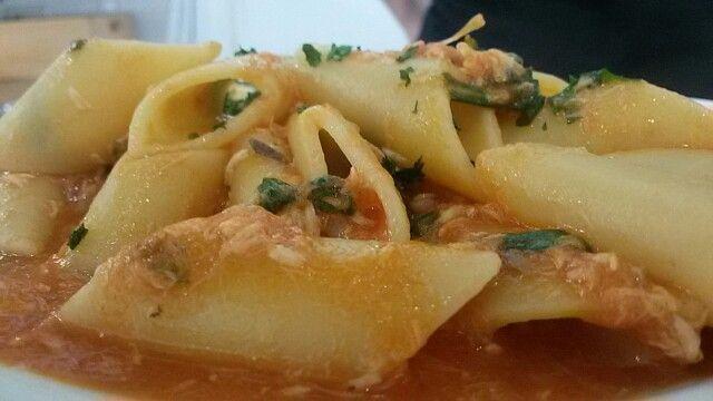 Pennoni merluzzo e basilico