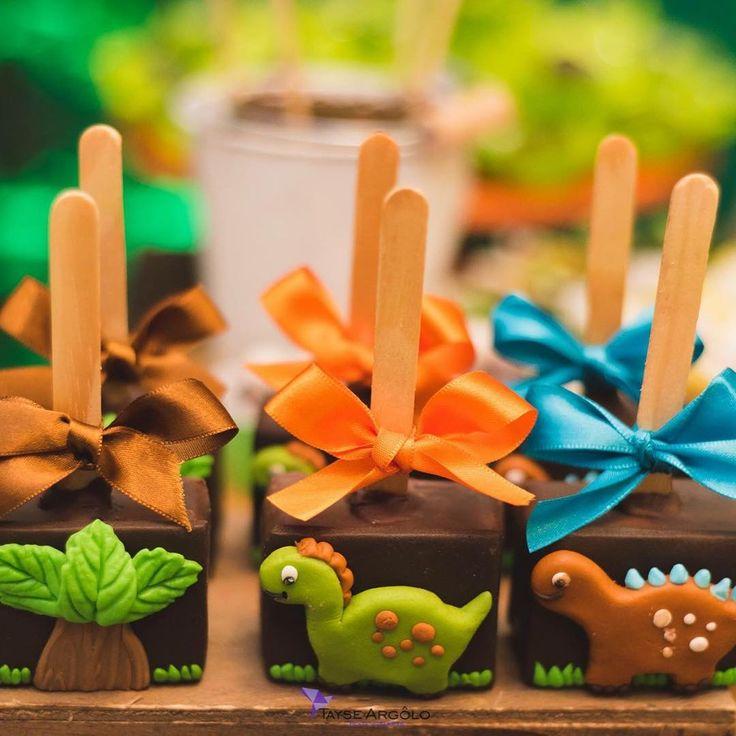 Pães de mel festa dinossauro para Lucas. #benditosbrigadeiros #festa #festamenino #festainfantil ...