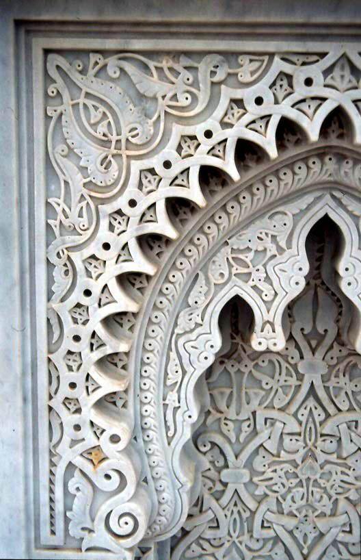 Encaje en mármol. Mausoleo de Hassan II en Rabat. Marruecos