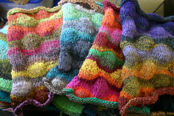 Free Knitting Patterns Noro Yarn : 17 Best images about Noro on Pinterest Gardens, Free pattern and Knitting yarn