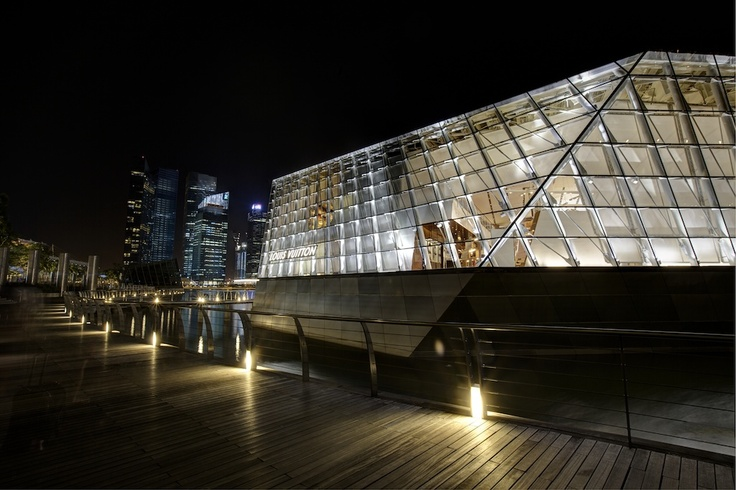 Louis Vuitton building. Singapore Marina Sands Bay. HDR.