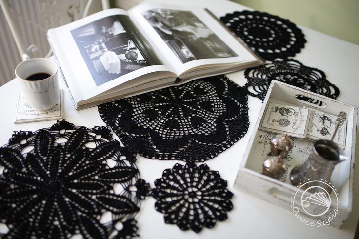 crochet doilies, interior, table runner, photo album