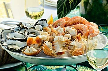 Because no Aussie Christmas is complete without seafood. Prawns (that HAVEN'T been cooked on the barbecue) are the best!