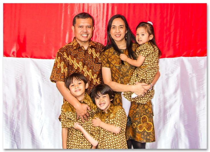 Bolman Sihombing Family Indonesian flag Indonesian batik