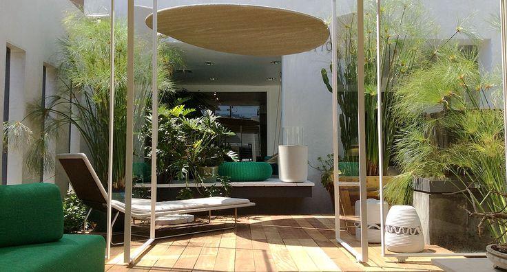 NICHE, BEVERLY 8770 © Paola Lenti srl #paolalenti #architecture #furniture #design #decor #complements #creativefurniture #moderndecor