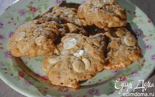 Рецепт: Ореховое печенье с белым шоколадом и кокосом (видео)