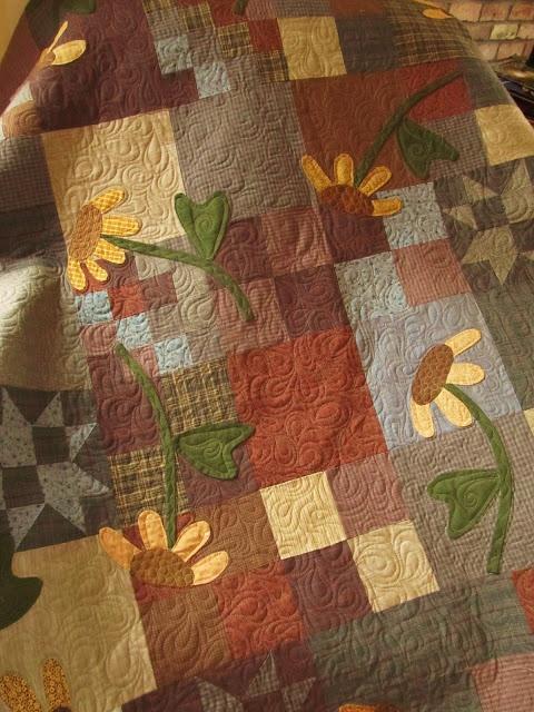 Beautiful -scrap quilt with applique