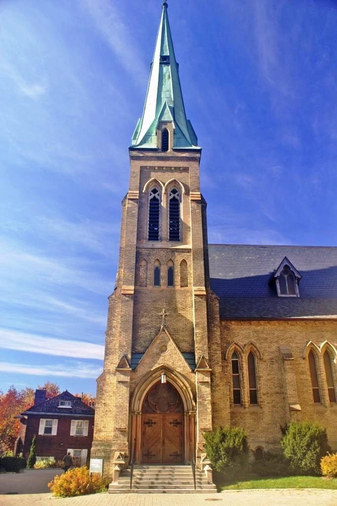 St. Basil's Church, University of Toronto (photo: Dave Melnychuk)