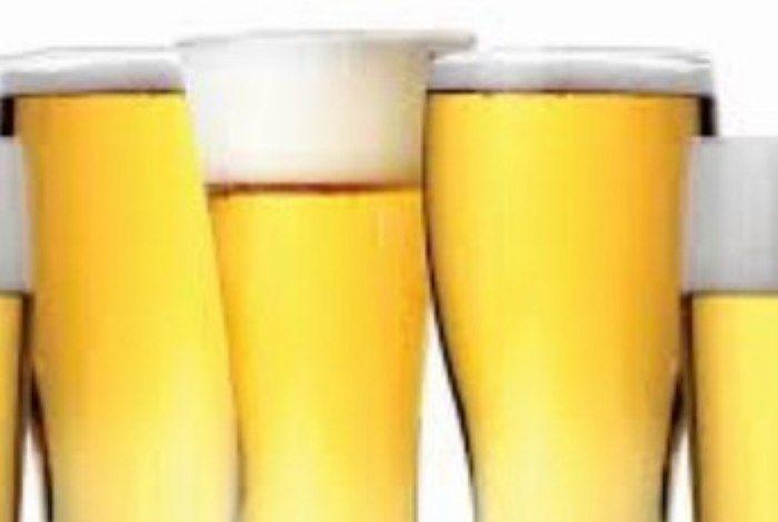 Centro de pesquisa chileno quer testar benefícios de uma cerveja especial