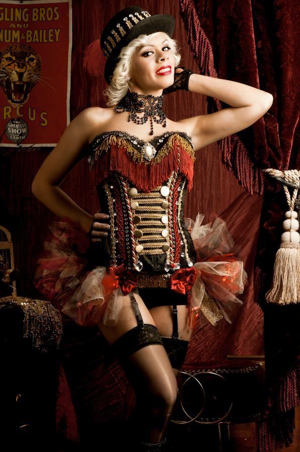 750 besten circus circus bilder auf pinterest kost me themenpartys und zirkus. Black Bedroom Furniture Sets. Home Design Ideas
