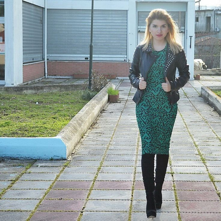 #v4fashion #midi #dress #zara
