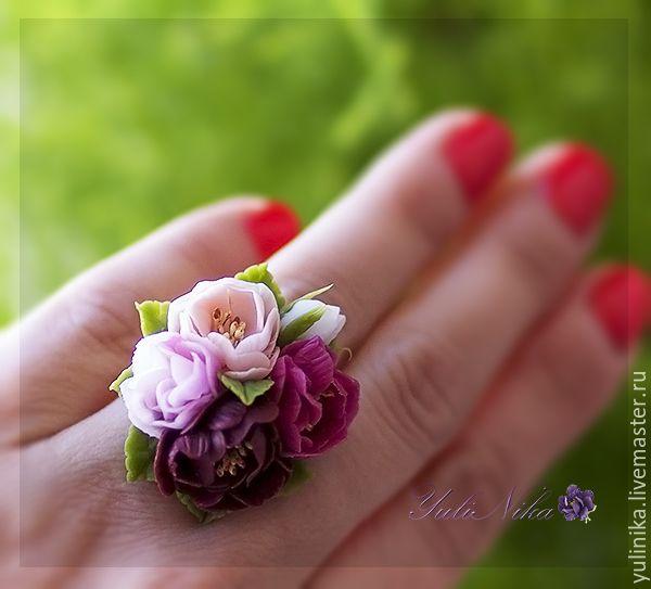 """Купить Кольцо """"Дикий шиповник"""" - розовый, бордовый, кремовый, розы, шиповник, кольцо с цветами"""
