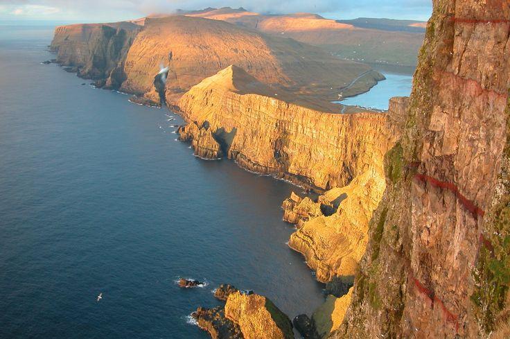 Les îles Féroé 10 destinations hors des sentiers battus !