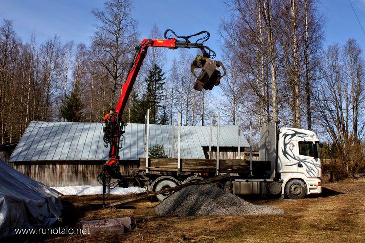 Runotalo Projekti: Kivijalat saapuivat
