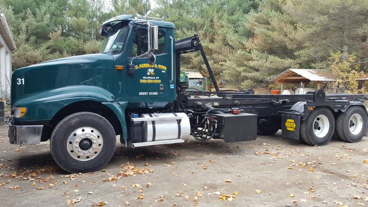 Barbato Disposal offers weekly residential, commercial and industrial trash & recycling pick-up. Our available sizes are as follows: Roll offs (10-30 yard) and dumpsters (2-8 yd) for both commercial and residential jobs or cleanouts. Residential tote sizes of 65 and 95 gallon. #hillsdaleny #carmenbarbatoinc #transferstation #refuseremoval #garbage #householdcleanouts #excavation