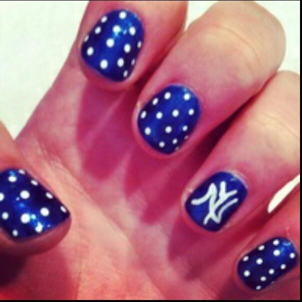 Yanks nail design