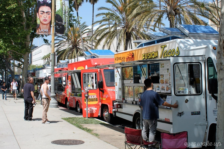 Food trucks Los Angeles Whilshire #travel #losangeles