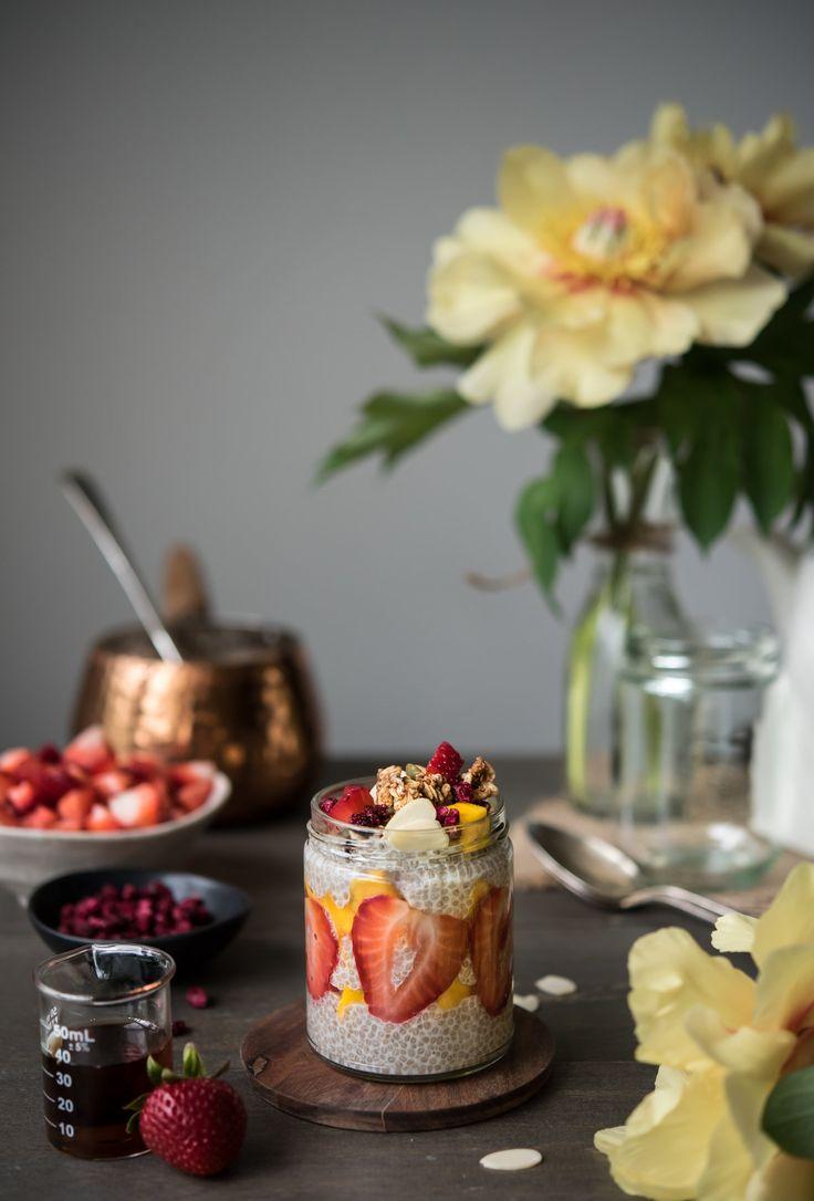 DIY Vanilla Chia Pudding Parfait