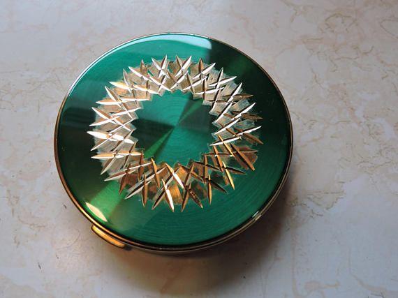 Green Enamel Compact Geometric Design Margaret Rose Vintage