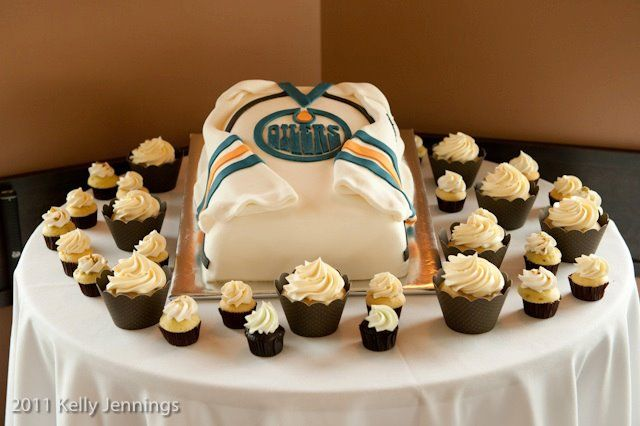 Oilers jersey Cake by Whippt Desserts & Catering