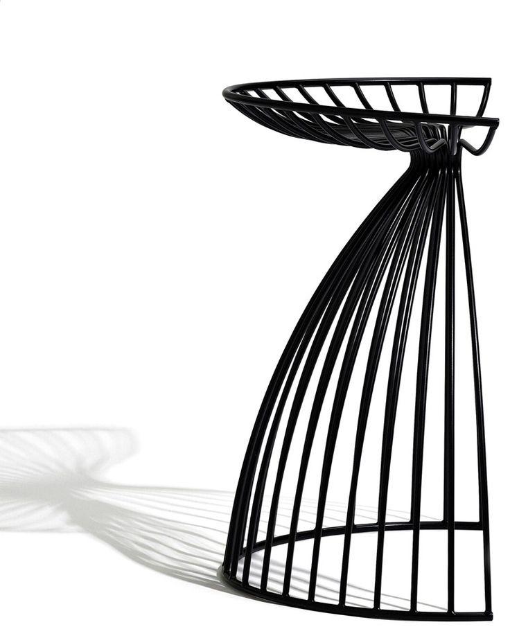 Powder coated steel stool ANGEL by addinterior | design