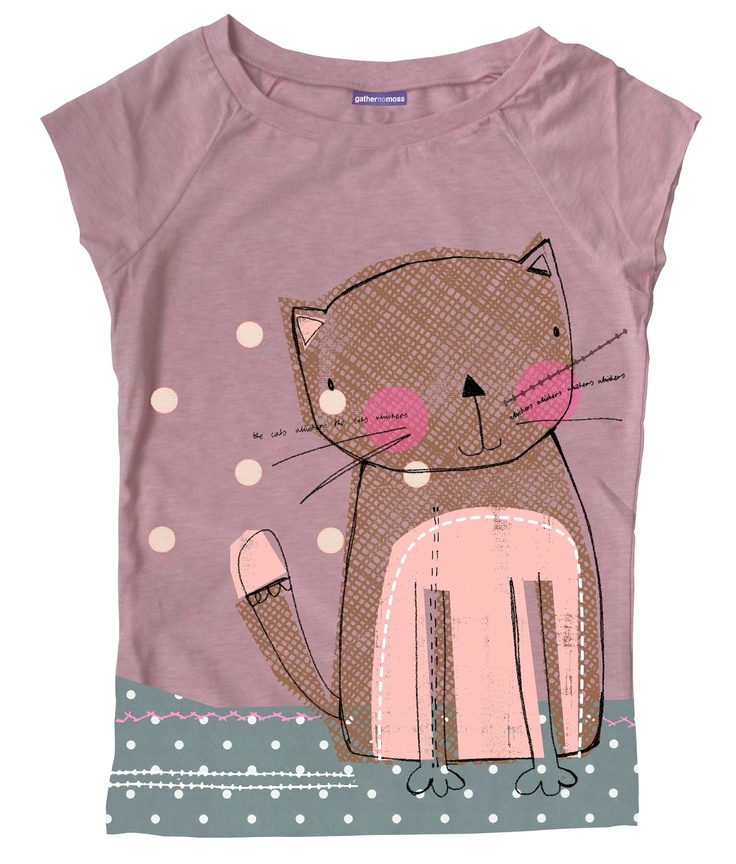 applique (cat) on a t-shirt