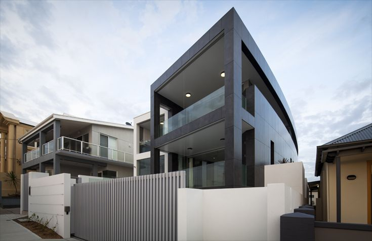 Merewether Beach House by Webber Architects (Newcastle AUS) #architecture #residentialarchitecture #buildingdesign #facade