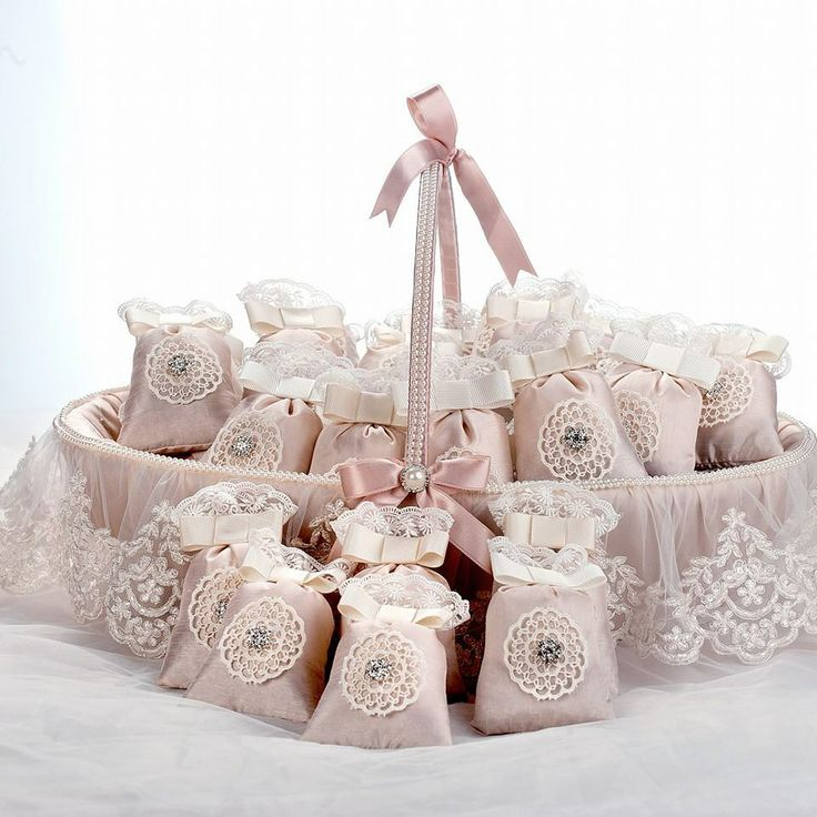 lace sachet brith gift