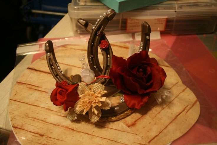 WESTERN WEDDING CAKE TOPPER HORSE SHOE (quinceanera decorations western)