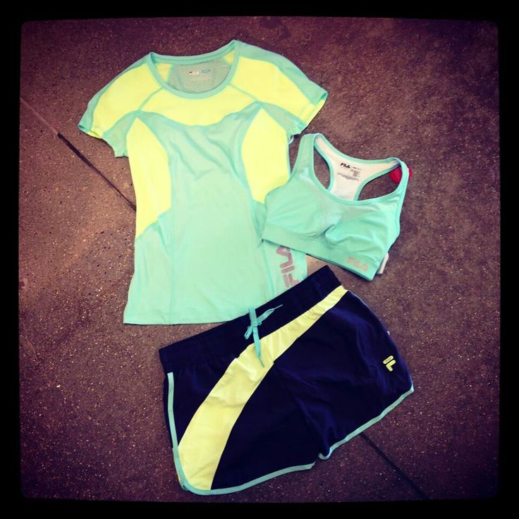 Workout outfit. .....