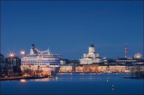 helsinki skyline by marcus rüter, via Flickr