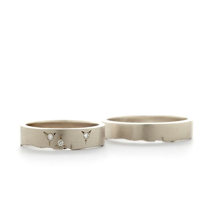 "Sleek wedding bands set with diamonds that sparkle like little stars | Strakke trouwringen gezet met diamanten die schitteren als kleine sterretjes | Trouwringen Wim Meeussen ""W1370"""