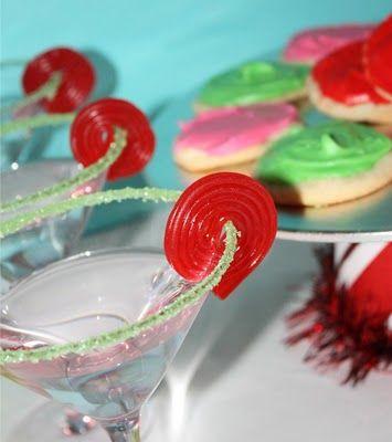 Great cocktail garnish!  Licorice wheel~ Cheers!