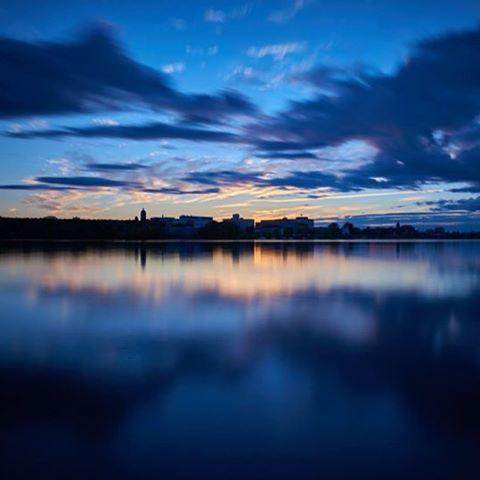 New Brunswick after dark = Blue hour. // #NBEnSoirée- Paisibles lueurs argentées qui se profilent à l'horizon. Photo: @demitassemedia / Instagram