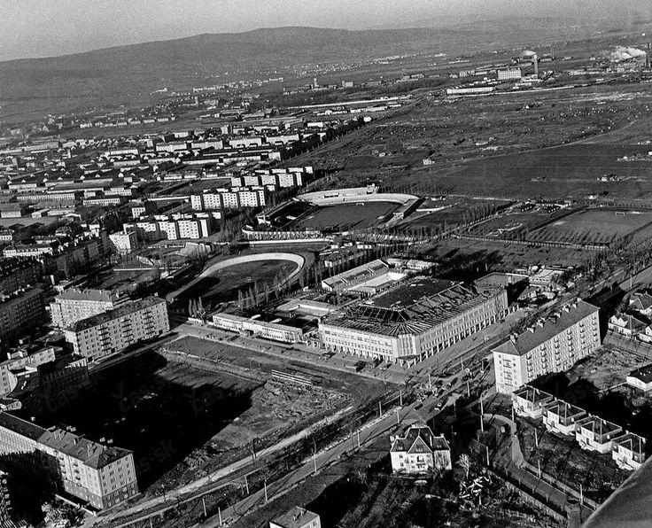 Zimný štadión 1958